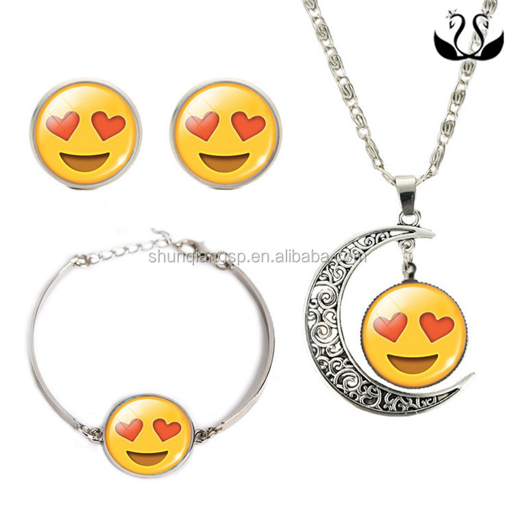 Wholesale Cute Sliver Plated Emoji Design Jewelry Set