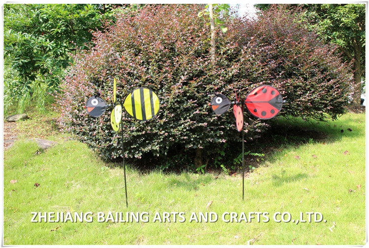 Kever ontwerp d self roterende windmolens voor lente tuin