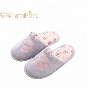 brand name 2018 new products indoor slippers for woman accept customization