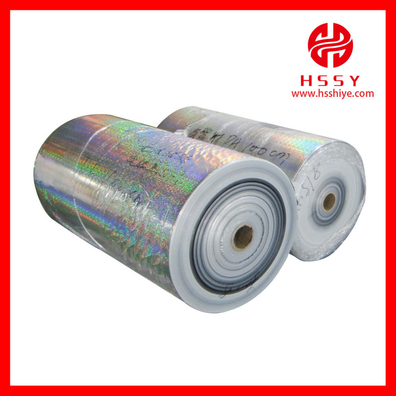 Inflatable foil helium balloon materials