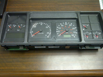 volvo semi truck vnl speedometer gauges dashboard. Black Bedroom Furniture Sets. Home Design Ideas