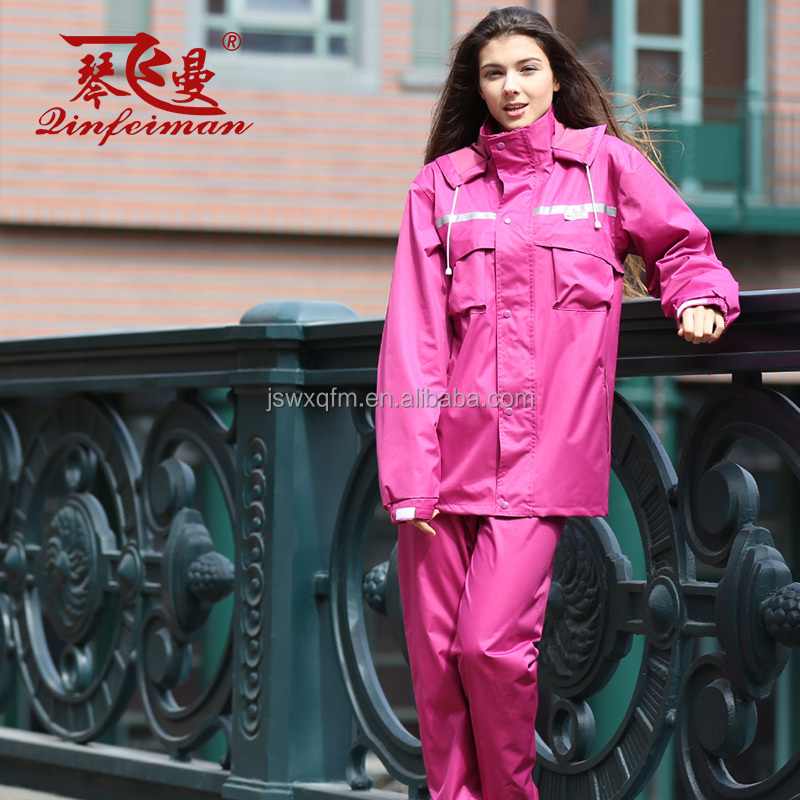 Polyester Raincoat With Reflective Tapes Nylon Rain Suit