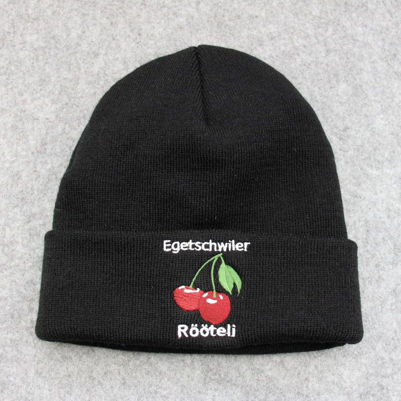 2017 wholesale black beanies cap with fruit logo embroidery acrylic materila high quality wholesale