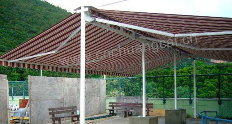 Freistehende Balkon Zwei Seitliche Sonnenschirme Senkrecht Markise