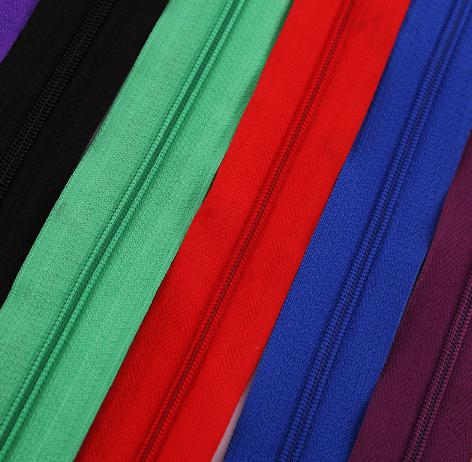 Personalizzato eco-friendly Della Chiusura Lampo N ° 5 di colore 20 CM di Lunghezza di nylon della chiusura lampo motivo A Spina di Pesce/plain modello per i bagagli cerniera
