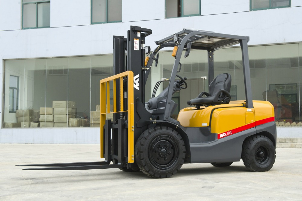 New model 3.0ton diesel hydraulic forklift truck FD30T forklift for sale
