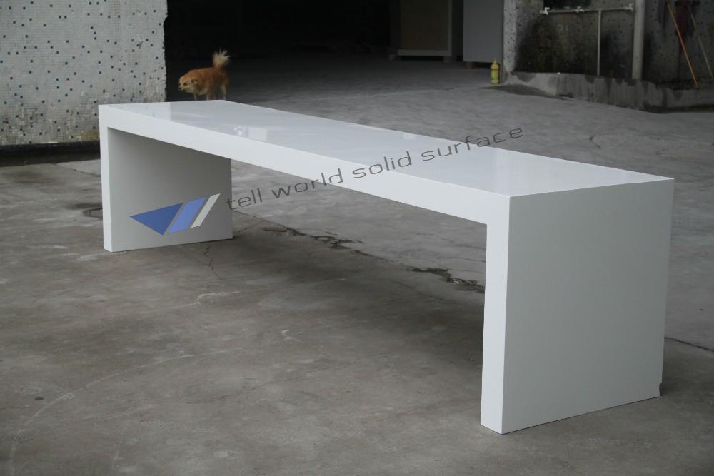 Accueil furnitue table manger 8 places table de marbre for Bureau 1 metre