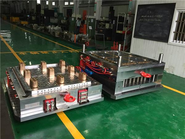 Shenzhen mold maker Plastic mold and plastic injection mold design