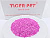 Different size clear white bentonite kitty sand