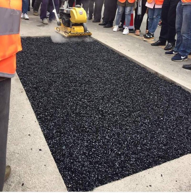 Cold asphalt mix gilsonite for road repair