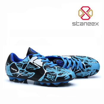 Fashion Wholesale Indoor / Outdoor Soccer Shoes TPU Outsole Training Waterproof Football Boots Spike Football Soccer Boots