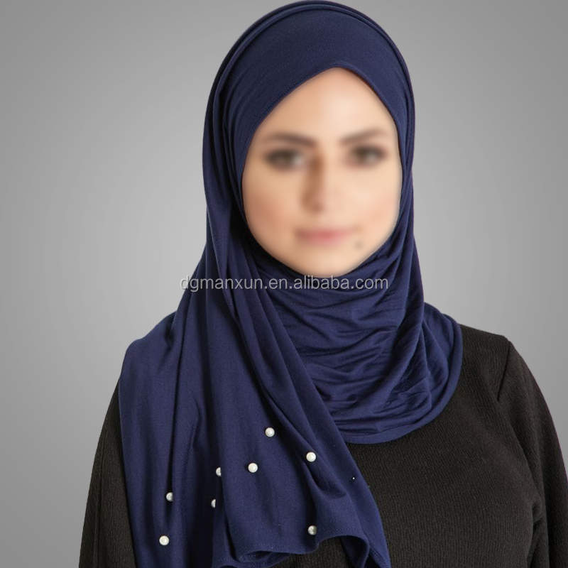 Wholesale 2018 Latest Solid Color Muslim Scarf Hot Fashion Soft Hijab Elegant Dubai Beads Hijab