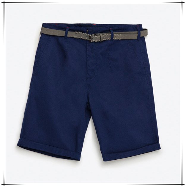 man simple design navy casual shorts