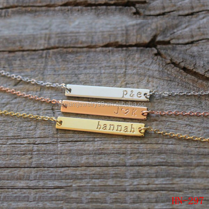A beautiful gift of love to the girl's gold jewelry BRIDESMAID GIFTS pay attention to their own name necklace