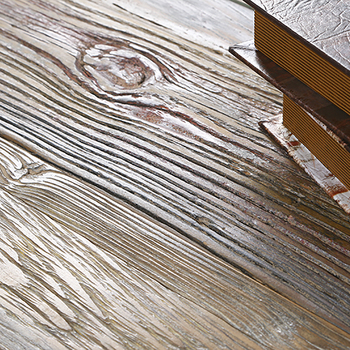 Manufactured Rustic Grade Rubber Wide Plank Oak Wire Brushed