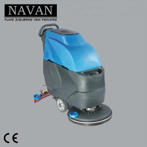 Crowed enviroment used small electric floor scrubber machine