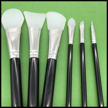 Free samples oem silicone beauty makeup brushes set cosmetic