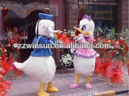 popular personagem dos desenhos animados do pato donald fantasias