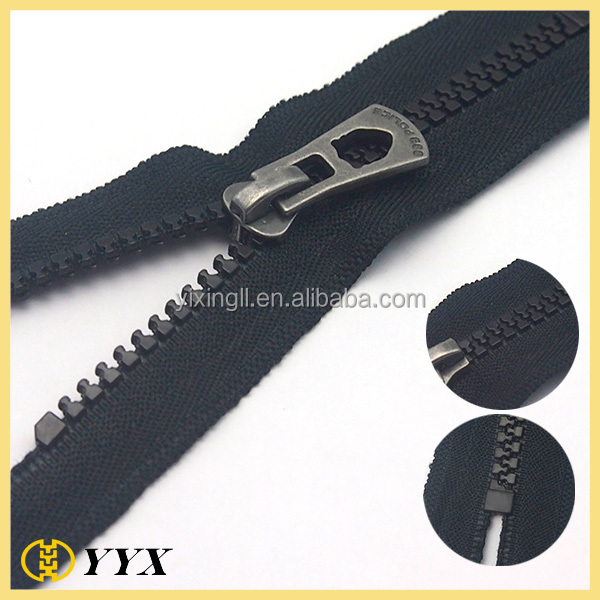 eco-friendly gun metal customized puller pe plastic zipper