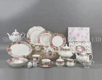 Luxury Royal Tableware Set Wholesale Dinnerware Sets Wedding Charger Plates for Decoration Bone China Ceramic Plate