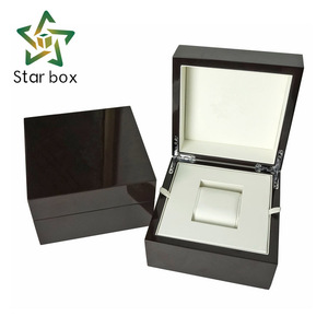 Luxury custom piano black glossy lacquer MDF wooden watch gift box for watch packaging