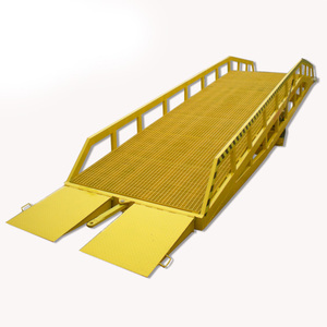 Hydraulic Mobile Dock Levelers For Warehouse