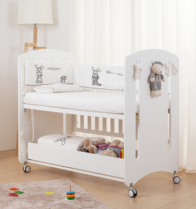 Modern 5 In 1 Baby Pine Wooden Convertible Cribs