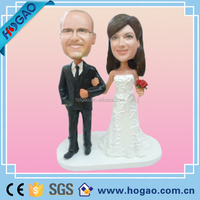 We are manufacturer of polyresin/resin football/basketball/baseball/hocky/ice hockey/mascot/family/superman bobble head/dolls