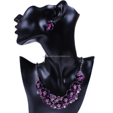 2015 delicate flower rhinestone necklace set