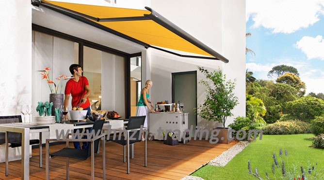 Half cassette retractable awning with LED light and remote control