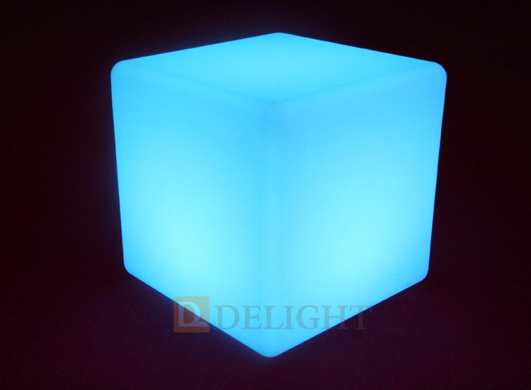 Best Quality White PE Material Glowing LED Cube Chair For Sale