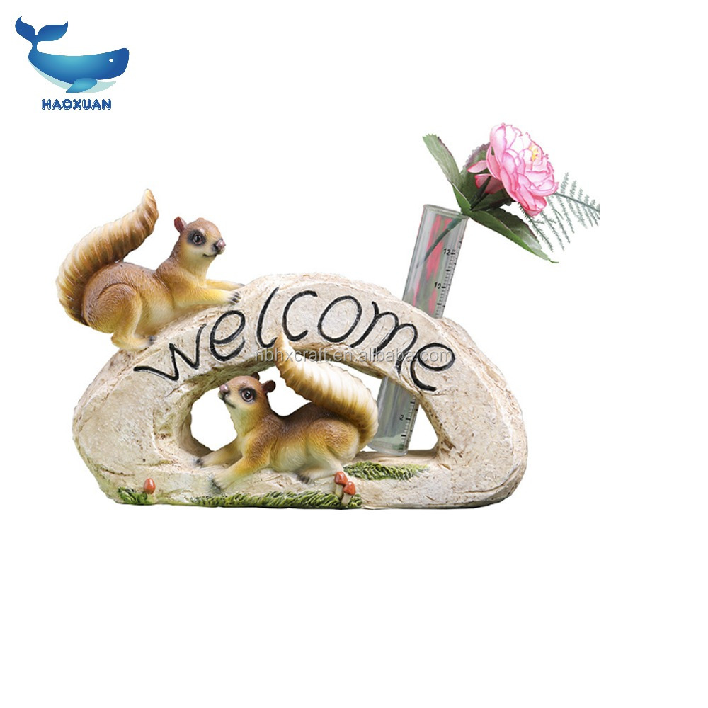 ZZW0041 HAOXUAN Resin Animal Figurine Squirrel Figurine 2018