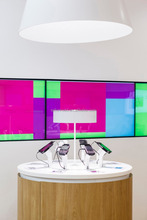 mobile phone store retail counter showcase cell phone store interior design