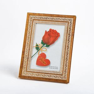 Best sale fine carved retro style home decorative gold PS photo frames,antique photo frame