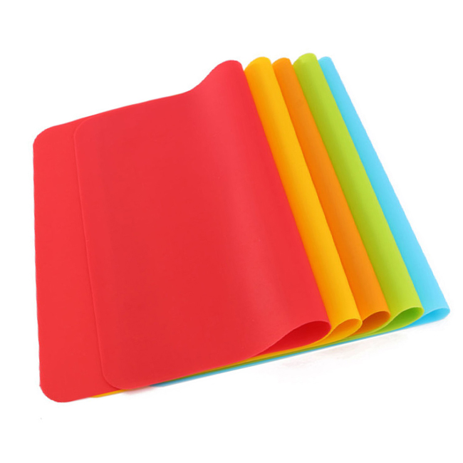 Non- slip promotional silicone table mat for wholesale