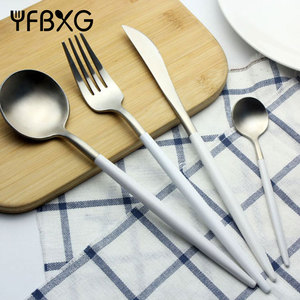 New fashion silver and white inox christmas individual cutlery set