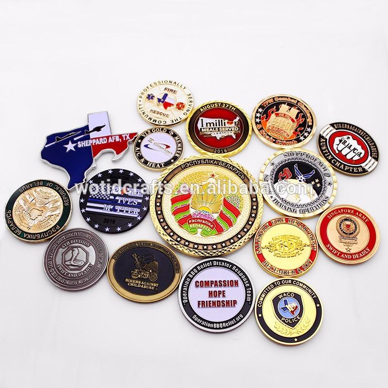 WTD 5 8 Medalha Anos Fábrica Personalizado de Alta Qualidade K Halloween Medalha Do Esporte Metal com Muitas cores Brilham no Escuro