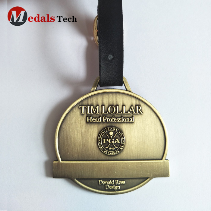 Cheap bulk customized gold metal soft enamel club custom metal golf bag tag