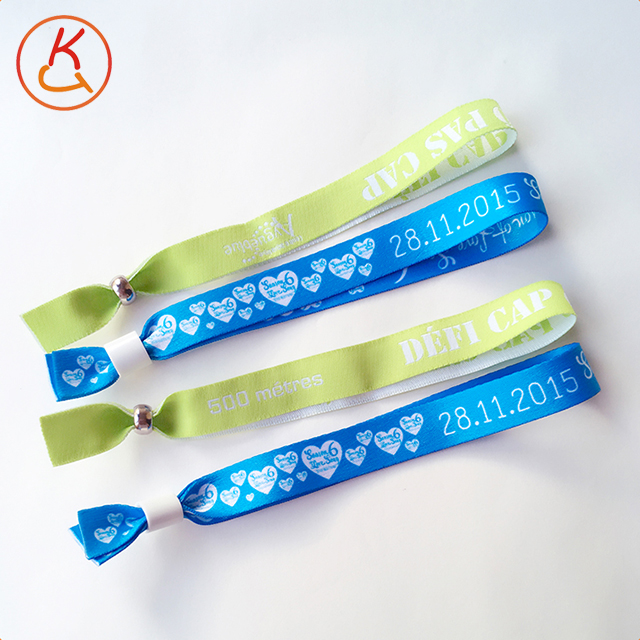 China's biggest manufacturer Passsive cheap nfc rfid tags with wristbands for party