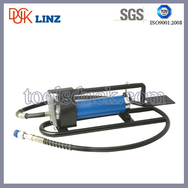 Hydraulic hose punch foot pump