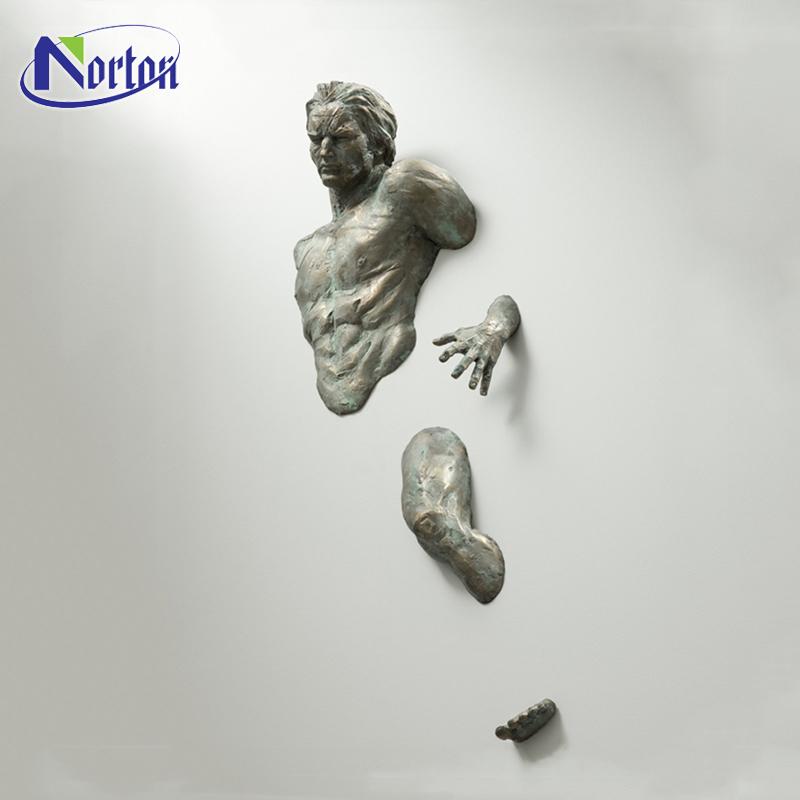 Custom metal 3d art interior decorative bronze statue copper climbing hanging metal man 3d art wall sculpture