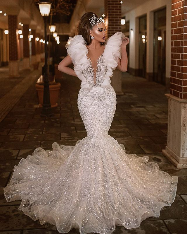 Gorgeous Luxury Beading Mermaid Evening Gowns Lady Pageant Dress White Ruffles Sleeve Lace Prom Dresses 2020