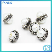 The most popular guest customized pearls wrapped diamond pendant