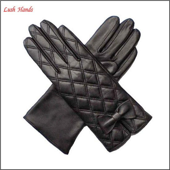 ladies new style embroidery black leather glove with bow
