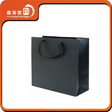Fashionablle low cost machine paper bags black color shopping paper bags for clothes