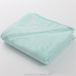 sport Towel with Zipper Pocket Custom Gym Towel