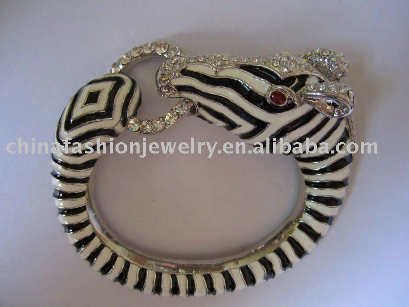 2011 newest enamel zebra bangle