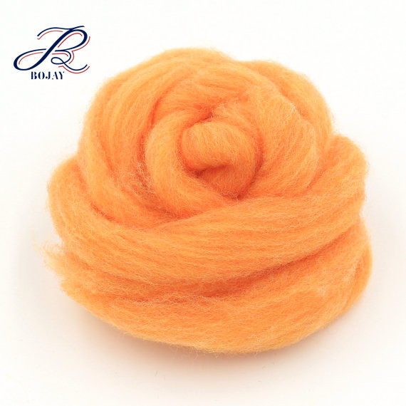 Wholesale cheap price free sample wool roving top for crafts felting lana merino wool
