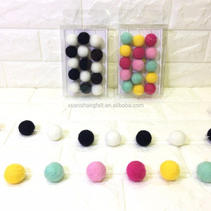 China factory wholesale colorful handmade wool felt ball garland
