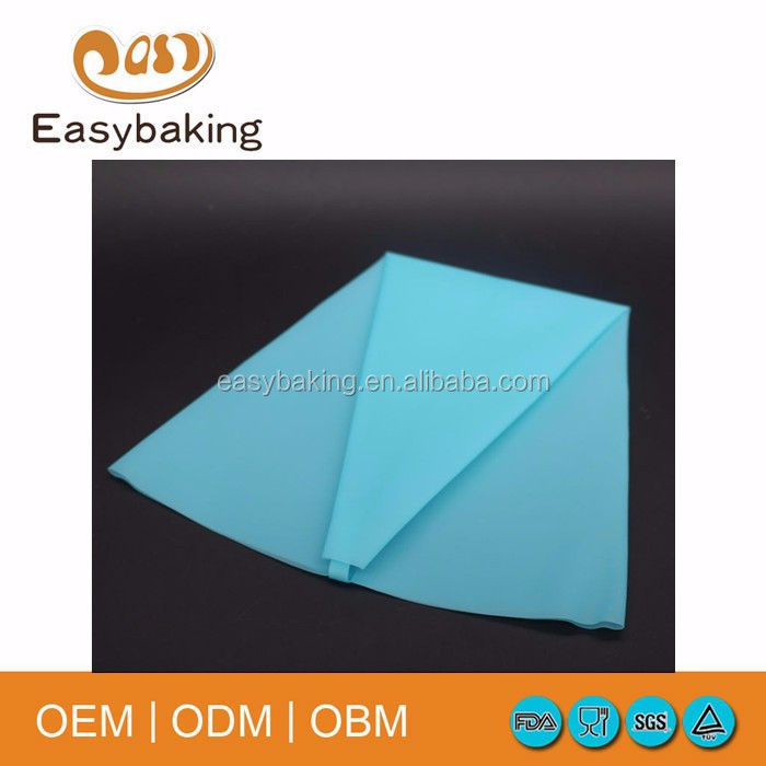 pastry bag 1.jpg